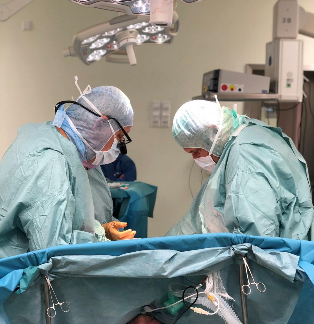 Kolorowa fotografia operacja serca